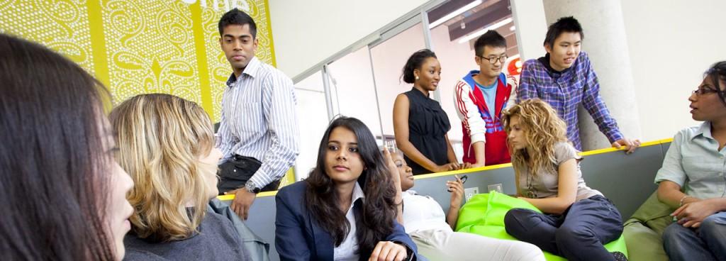 Tingkat kepuasan mahasiswa Coventry University menentukan pencapaian universitas tersebut. Sumber foto: WhichUniversity