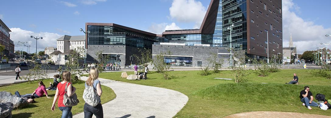 Figure 3. Kampus University of Plymouth. Sumber foto: Plymouth