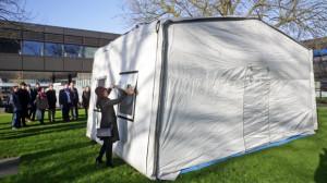 elena-findeisensiswa-university-of-twente-yang-menciptakan-tenda-tenaga-surya-untuk-pengungsi-sumber-utwente-nl